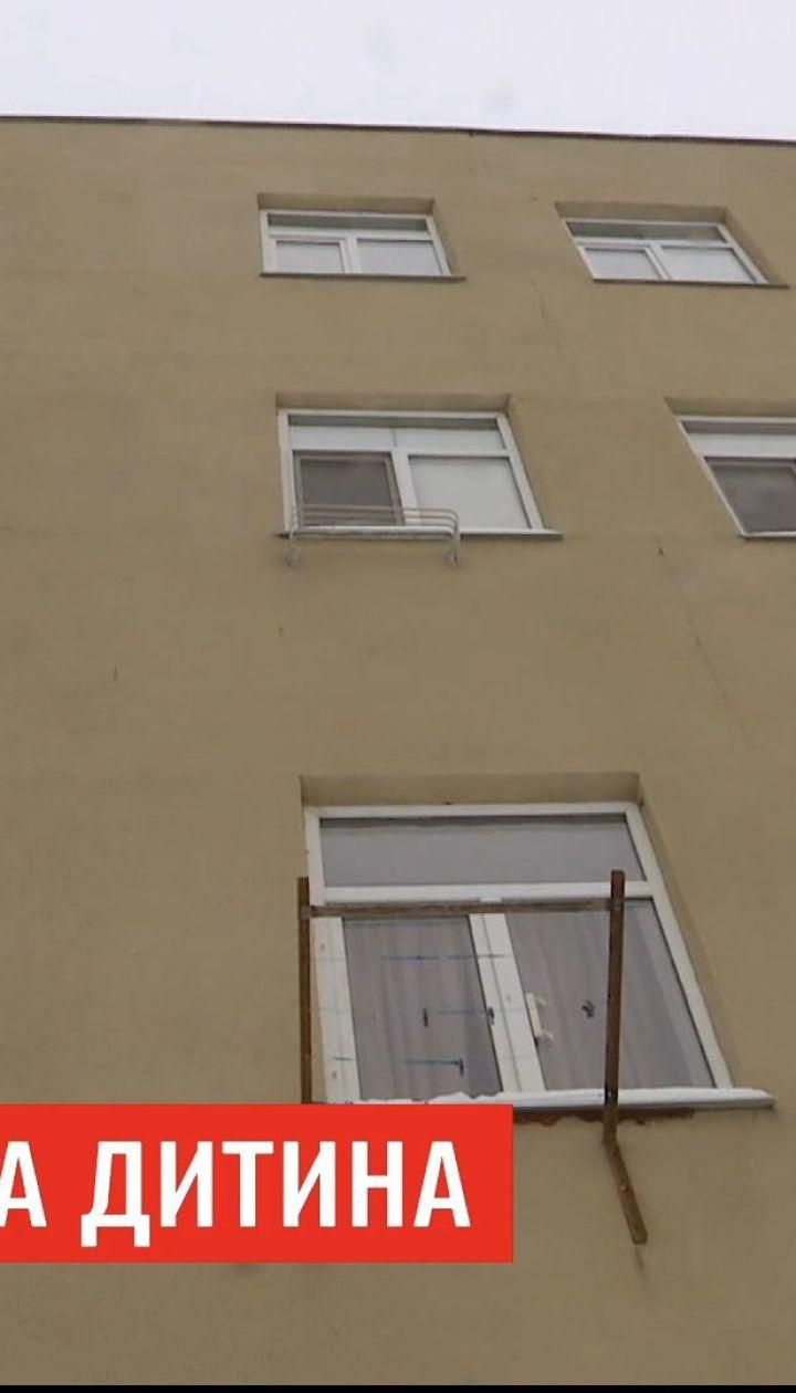 В Харьковской области отец выбросил ребенка с четвертого этажа