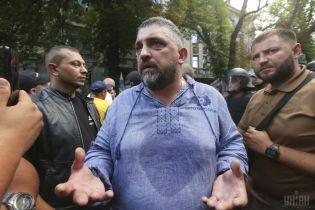 """Лидер """"евробляхеров"""", который сжег свою машину, решил идти в президенты"""