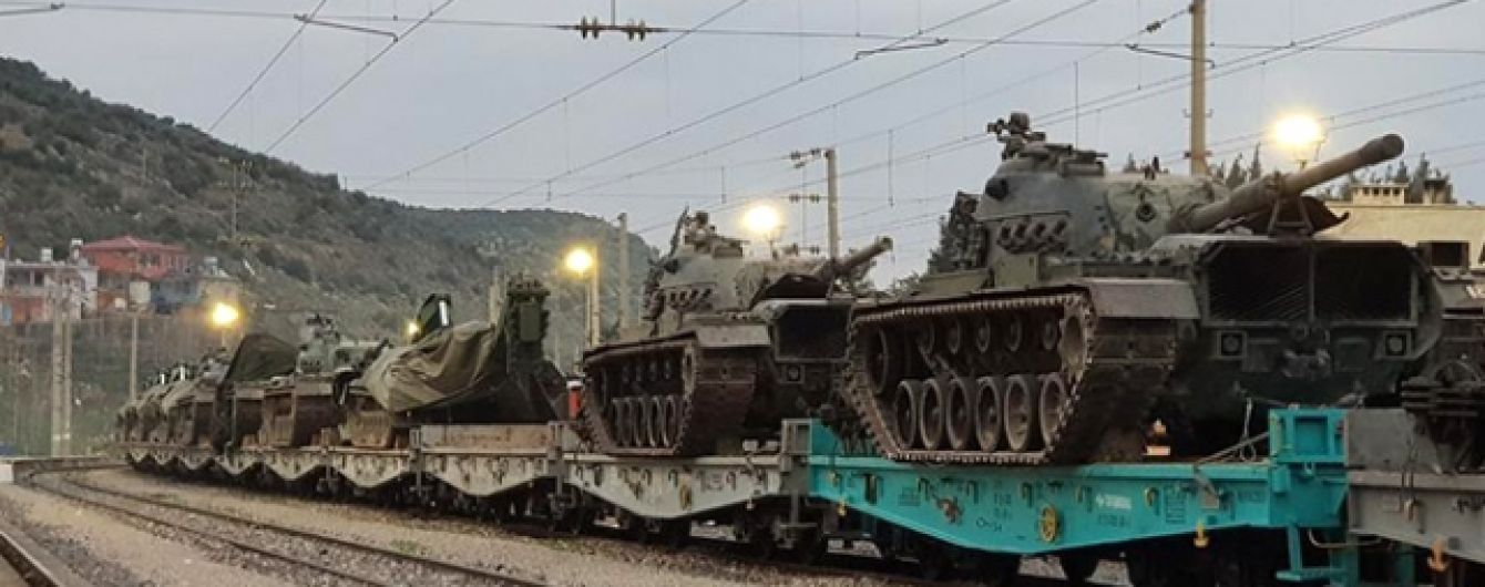 Туреччина перекидає до сирійського кордону танки, незважаючи на заклики Трампа - ЗМІ