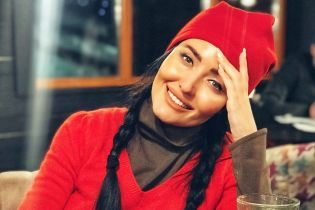 Семья, лыжи и глинтвейн: Анна Добрыднева рассказала, где провела рождественские праздники