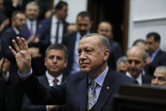 Ердоган привітав Зеленського із перемогою на виборах