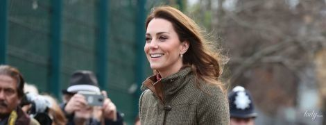 Скромно и стильно: герцогиня Кембриджская прибыла с визитом в Ислингтон