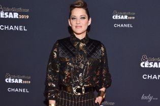 Тоже в Chanel: Марион Котийяр продемонстрировала стильный образ на красной дорожке