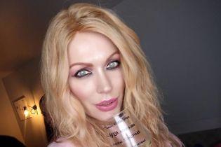 Травесті-діва Монро показала себе 10 років тому пухкеньку зі щічками