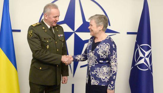 У НАТО закликали Росію негайно звільнити українських моряків