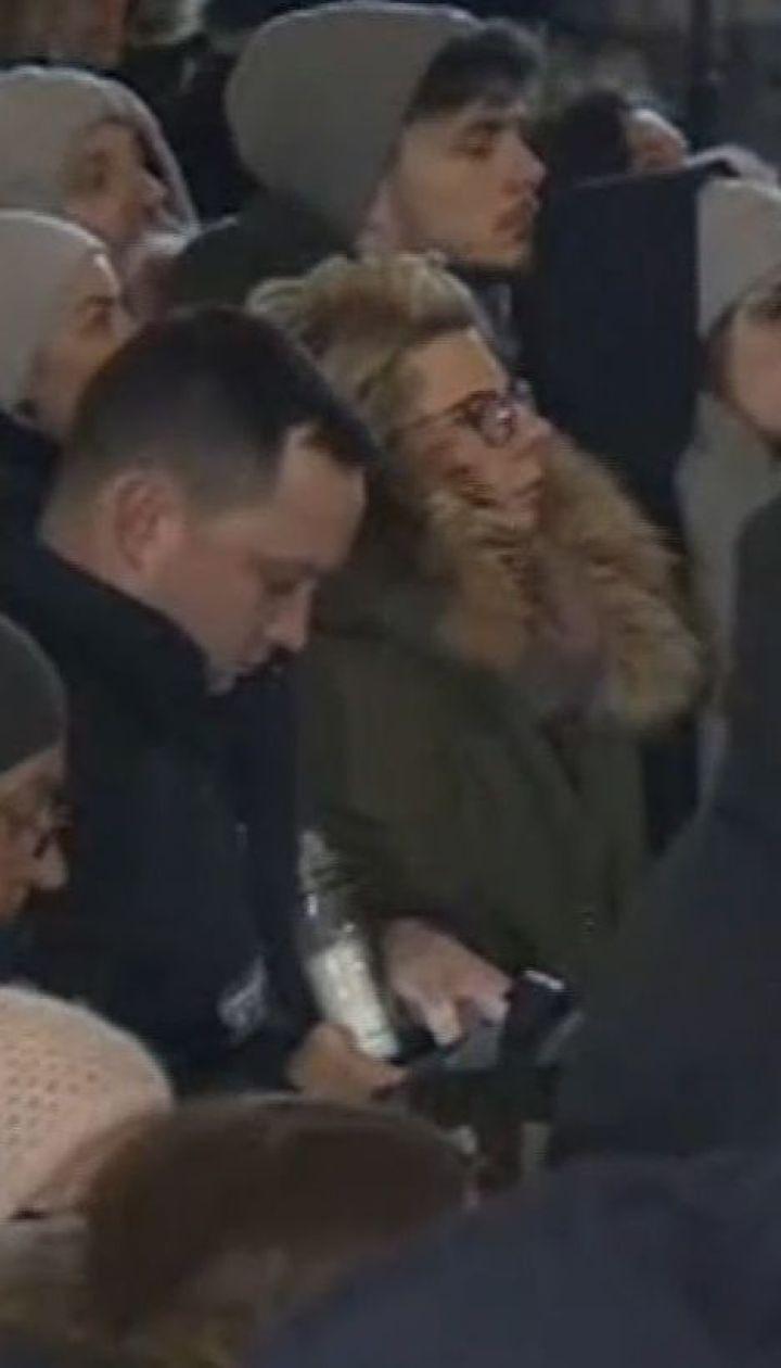 Поляки почтили память убитого мэра Гданьска