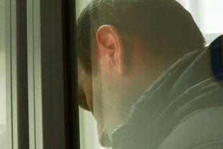 На Харьковщине суд избрал меру пресечения отцу, который выбросил из окна 5-летнего сына