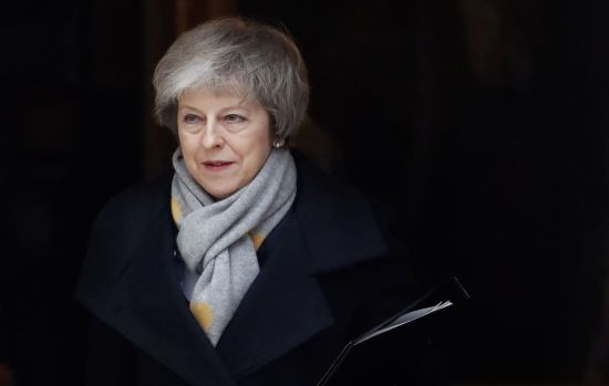 Найбільша поразка уряду від 1920-х: у британському парламенті подали клопотання про вотум недовіри Мей