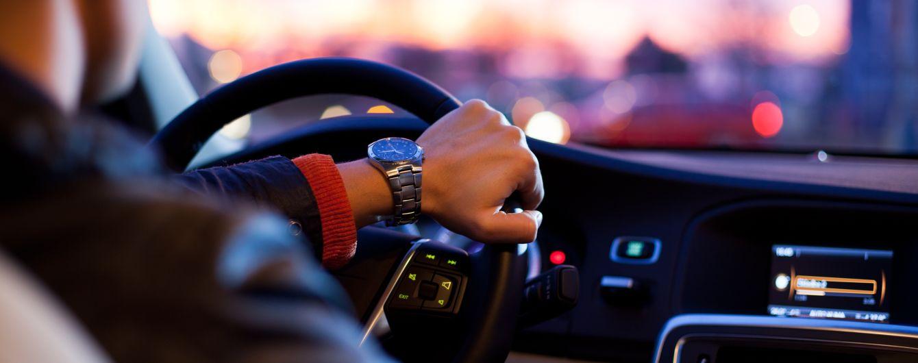 Відбутися штрафом: у ВР провалили законопроект, який посилював відповідальність викрадачів авто
