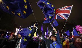 Джонсон заявил, что назначит досрочные выборы, если не будет проголосовано Brexit-соглашение