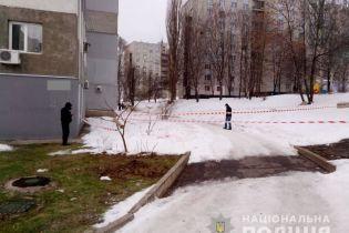 Підстерегли, коли вигулював собаку: подробиці гучного замаху на поліцейського в Харкові