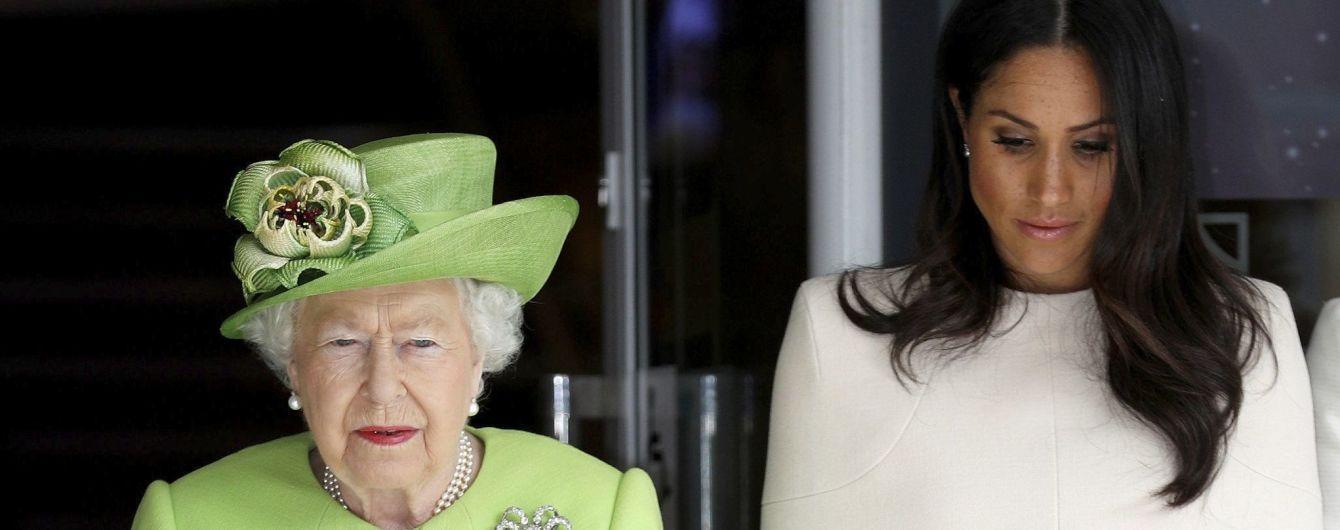 Тест на инвалидность: Елизавета II заставила Меган проверить будущего ребенка - СМИ