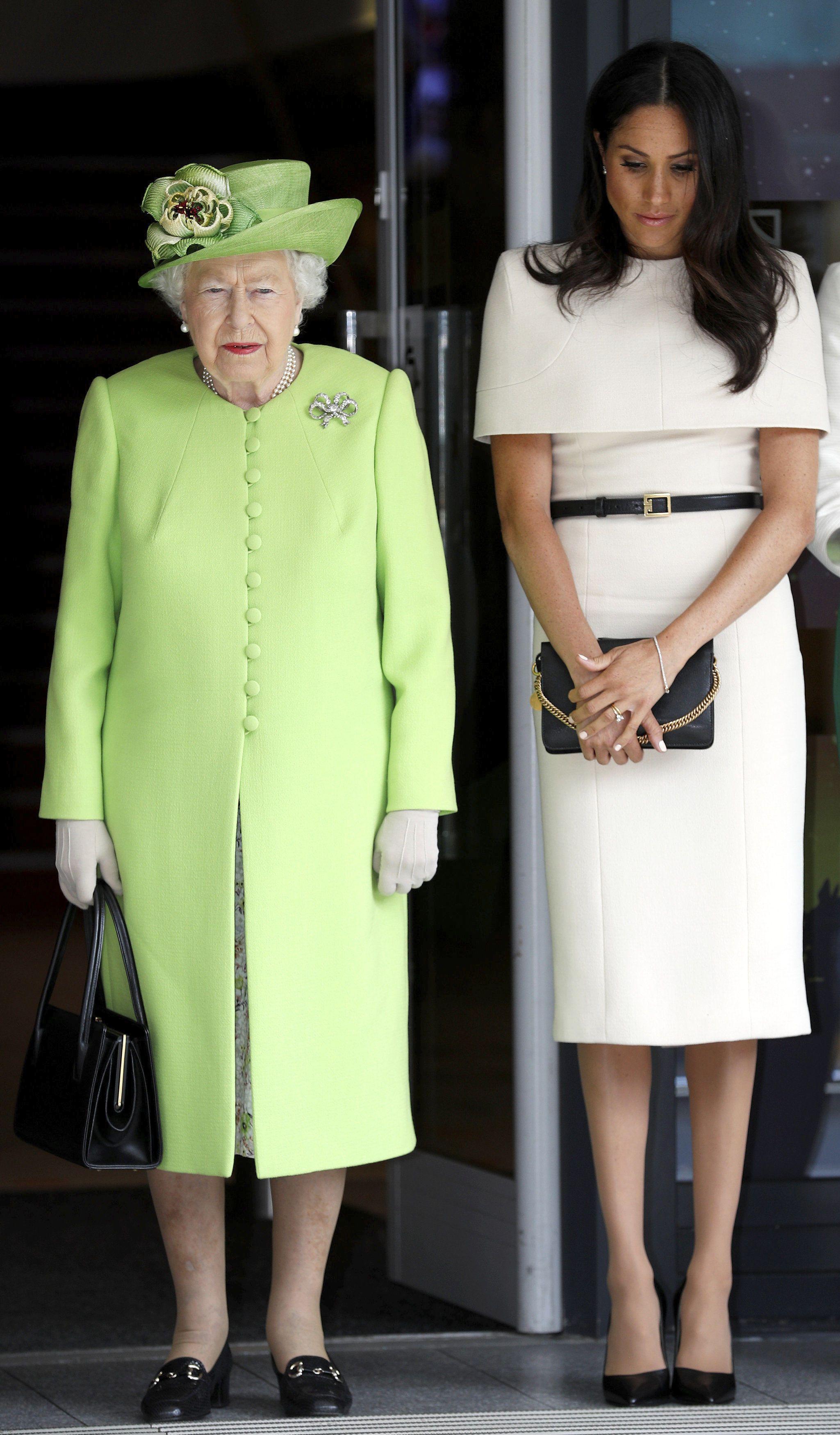 Єлизавета ІІ та Меган