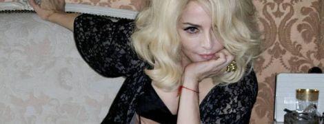 Поцарапанная Мадонна и беременная Лопес: звезды показали, как выглядели 10 лет назад