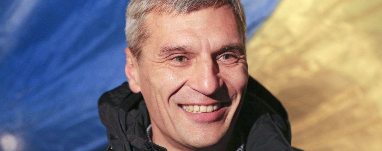 "На Прикарпатье ""колядники"" ходят по домам избирателей и агитируют за Кошулинского в президенты"