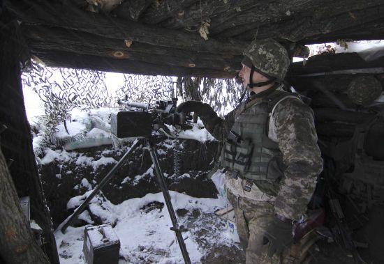 Ситуація на Донбасі: бойовики стріляли із забороненої зброї, один боєць ООС поранений