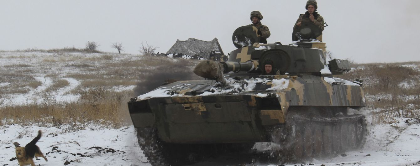 Терористи на Донбасі припинили стріляти на Водохреще