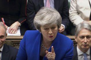 Британский парламент не поддержал вотум недоверия правительству Мэй после провального голосования за Brexit