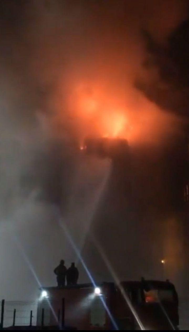 На Львовщине произошел масштабный пожар на заводе по производству масла