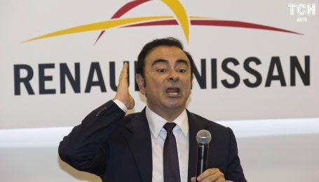 Адвокати екс-глави Nissan Гона оскаржили відмову суду