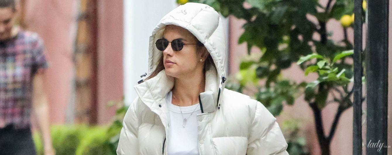 Гарна навіть у спортивному: Алессандра Амбросіо сходила на шопінг