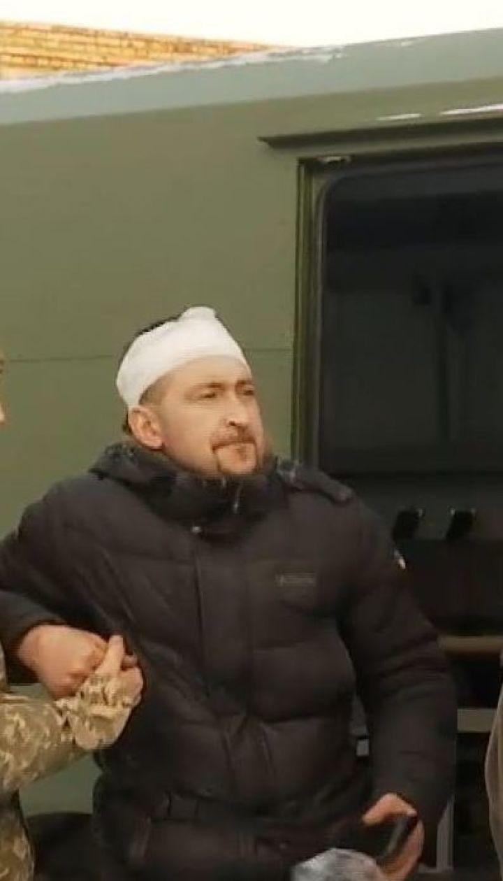 Бойцы, которые пострадали во время обстрела боевиками грузовика, находятся в госпиталях