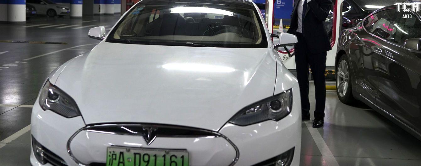 Tesla виявила у Model S небезпечні для життя комплектувальні