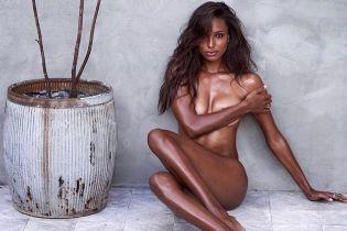 Обнаженная и сексуальная: Жасмин Тукс поделилась пикантным снимком