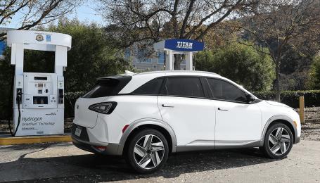 У Південній Кореї відмовляться від електрокарів і бензинових авто