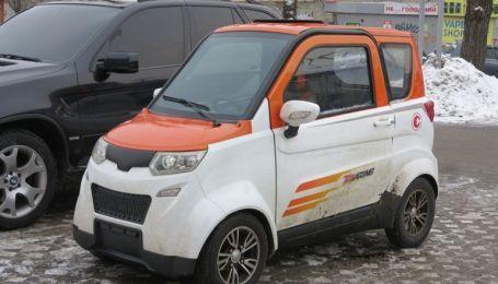 В Україні у продажу з'явився електрокар всього за $3,5 тисячі
