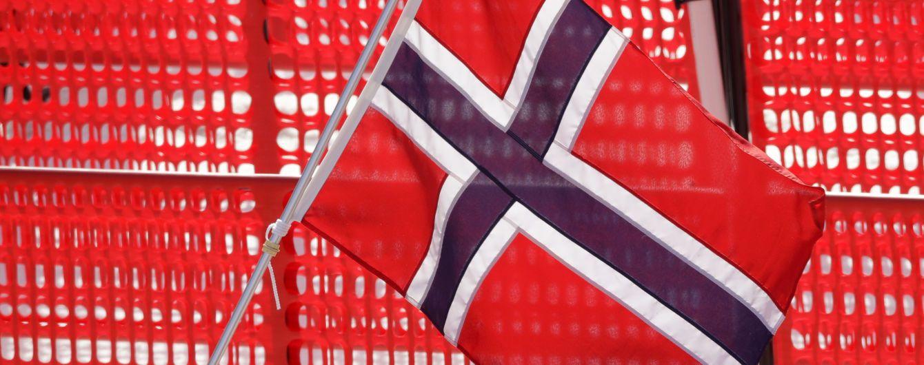 В Норвегии 20-летний россиянин пытался зарезать женщину. Полиция рассматривает версию теракта