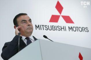 Nissan и Mitsubishi нанесли совместный удар по защите одиозного экс-главы