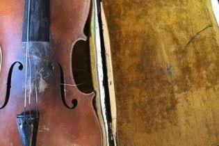 Італійське місто попросили замовкнути, щоб ідеально записати скрипку. Усе зіпсувала розбита чашка