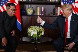 У Білому домі визначились з датою зустрічі Трампа з Кім Чен Ином