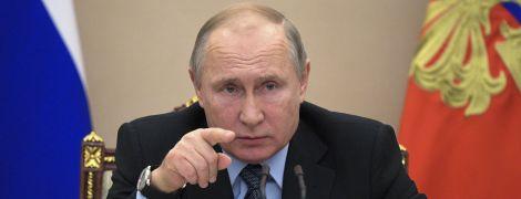 Путін прибув до окупованого Криму на святкування окупації