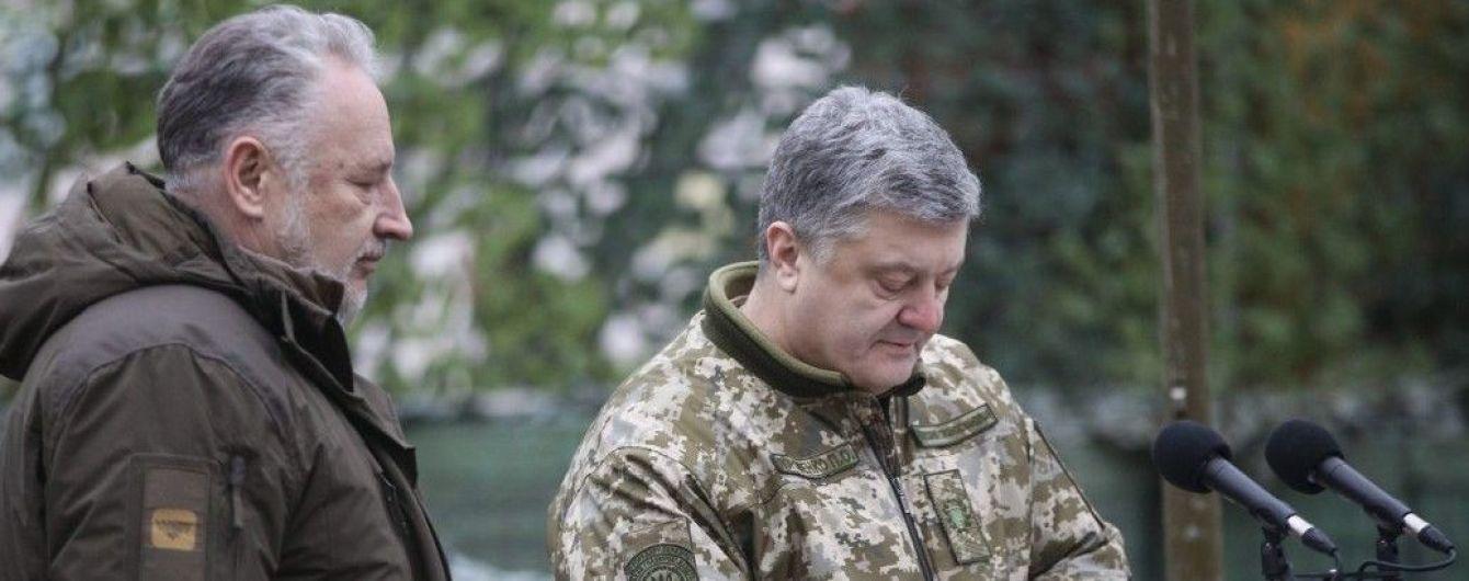 Порошенко подписал закон, который будет поощрять прохождение военной службы. Основные изменения