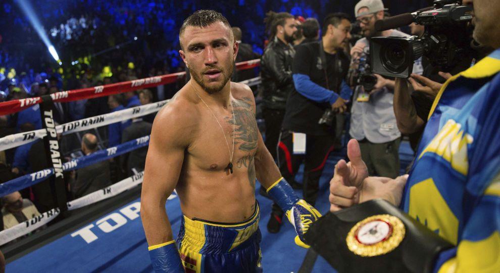 WBA зобов'язала Ломаченка вийти на супербитву з британцем