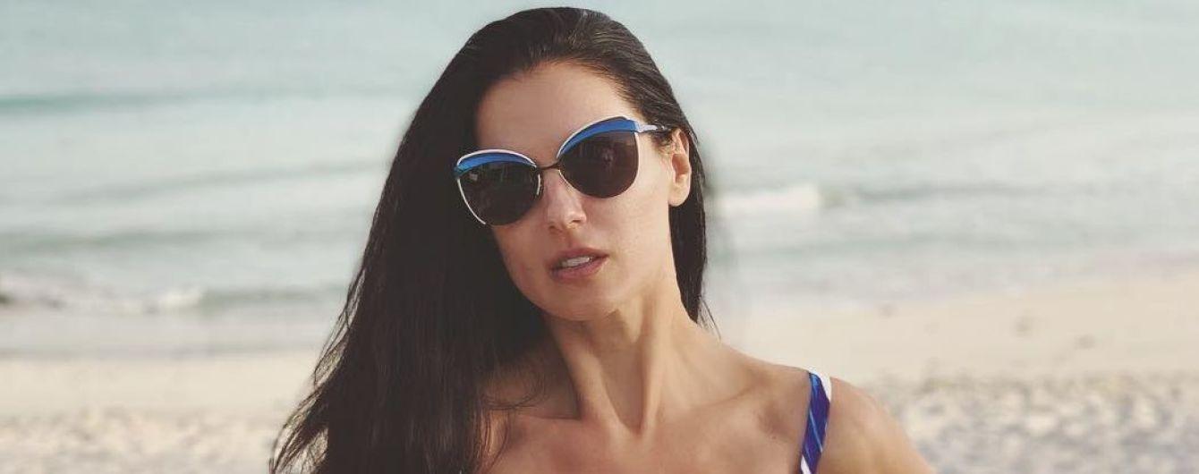 Худая и в пестром купальнике: Маша Ефросинина поделилась пляжным снимком