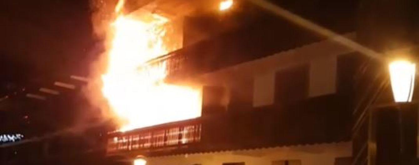 Серед загиблих та постраждалих від пожежі в Куршевелі немає українців – МЗС