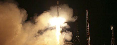 """""""Роскосмос"""" хоче відправити на орбіту загін жінок-космонавток - ЗМІ"""
