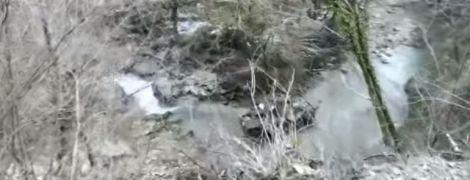 В Абхазии российский БТР упал в ущелье, трое военных погибли