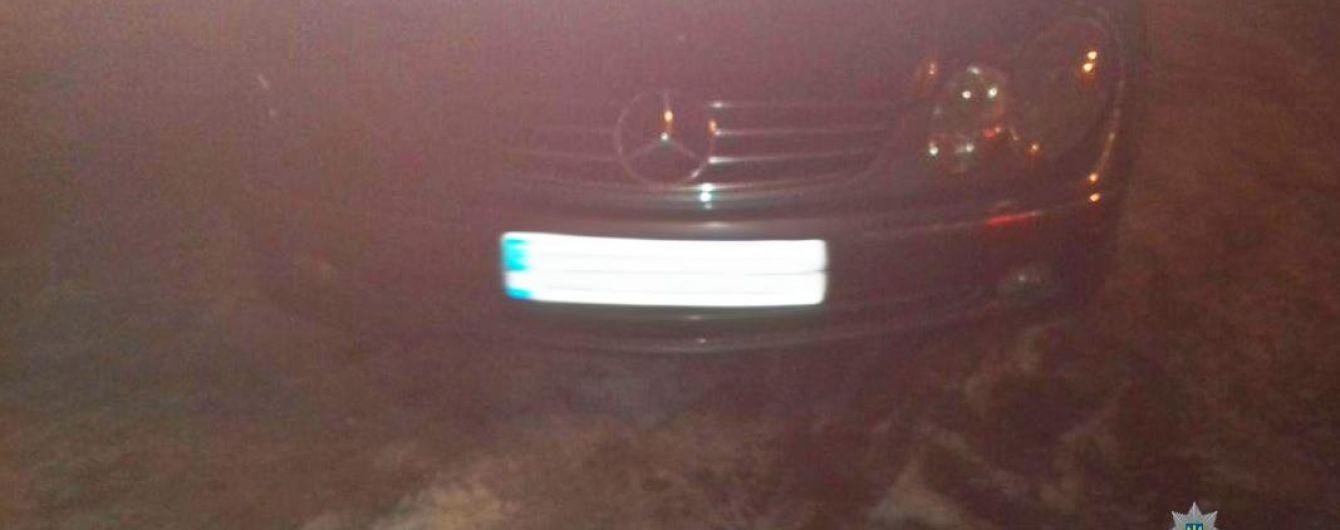 Дерзкие пьяные иностранцы устроили ДТП в Ужгороде и попали на видео