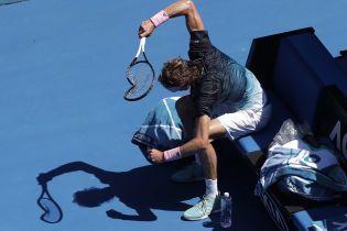 Немецкий теннисист вдребезги разбил ракетку и напугал болл-боя на Australian Open
