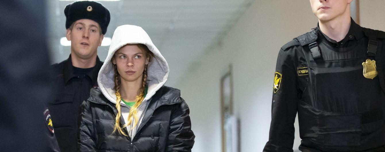 """""""Хочет отомстить"""". Навальный раскрыл, как Дерипаска устроил преследование и арест Насти Рыбки"""