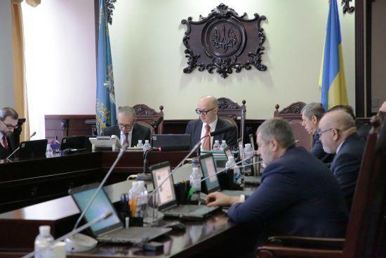 Експерти відібрали кандидатів до Антикорупційного суду, відсіявши майже 40% сумнівних суддів