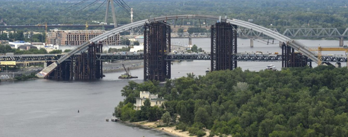 Кличко назвав терміни відкриття Подільсько-Воскресенського мосту на Троєщину