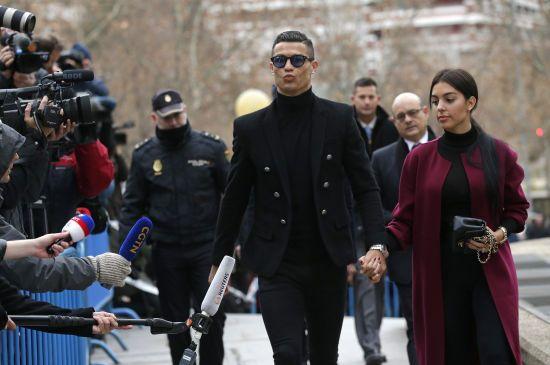 Роналду повернувся до Мадрида на суд та погодився виплатити величезний штраф