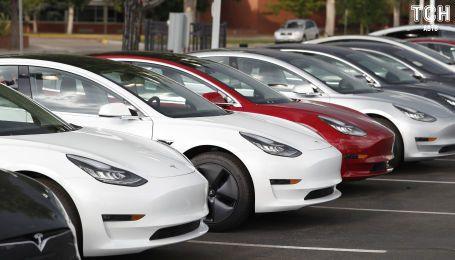 Tesla готується до нового рекорду з Model 3