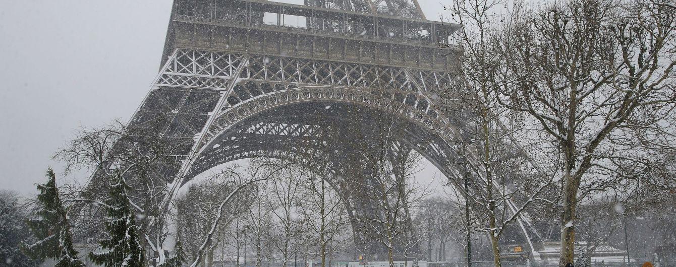 Ейфелеву вежу закрили вперше цього року
