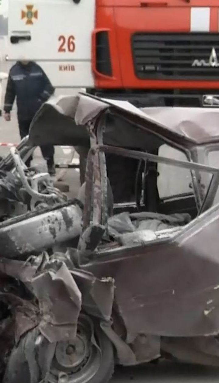 В столице на Столичном шоссе в результате ДТП погибли три человека